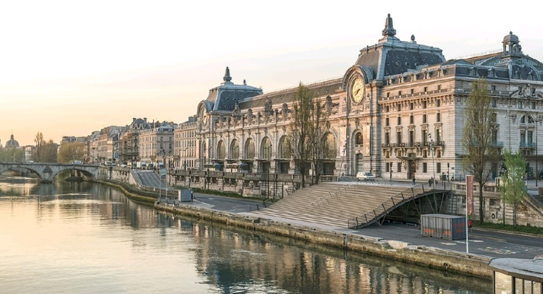 Une classe disciminée par les surveillants du Musée d'Orsay : c'est inadmissible !