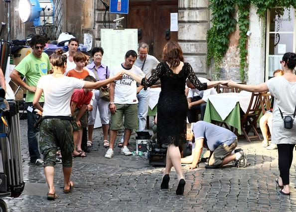 Bellucci+films+Dolce+Gabbana+VQCMuQ2UhdKl