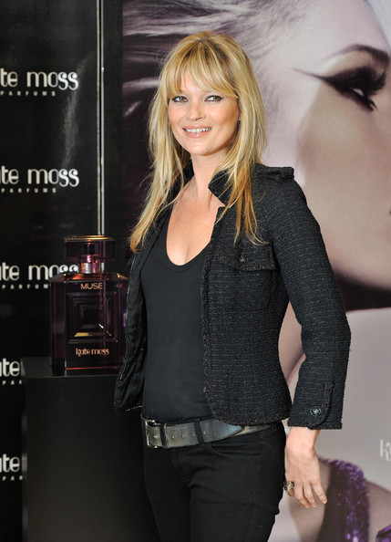Kate+Moss+Vintage+Muse+Fragrance+Signing+Dac-16gXA-Tl
