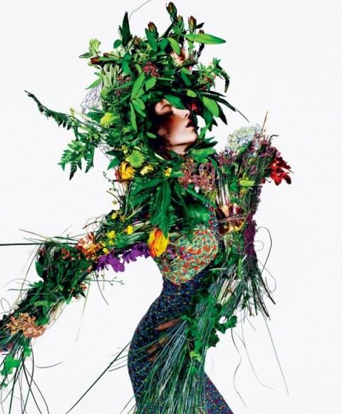 Tati-Cotliar-by-Richard-Burbridge-for-T-Magazine-Summer-2011-3-600x726