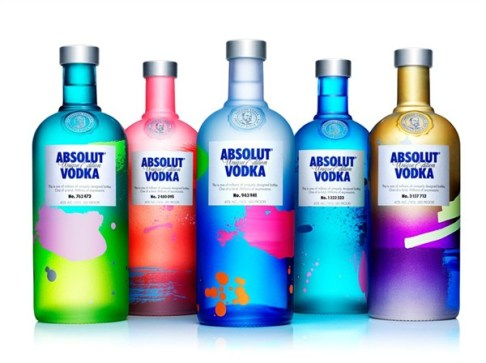 one-in-four-million-absolut-unique-available-at-artsyfact-singapore