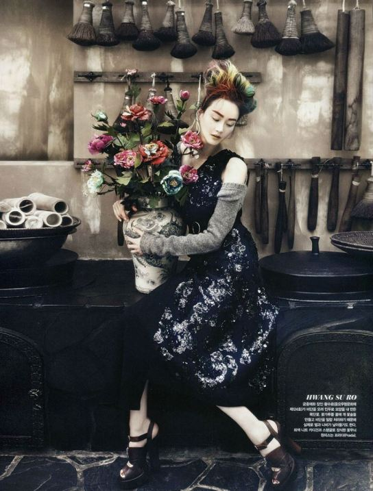 vogue-korea-august-2013-fashion-into-crafts