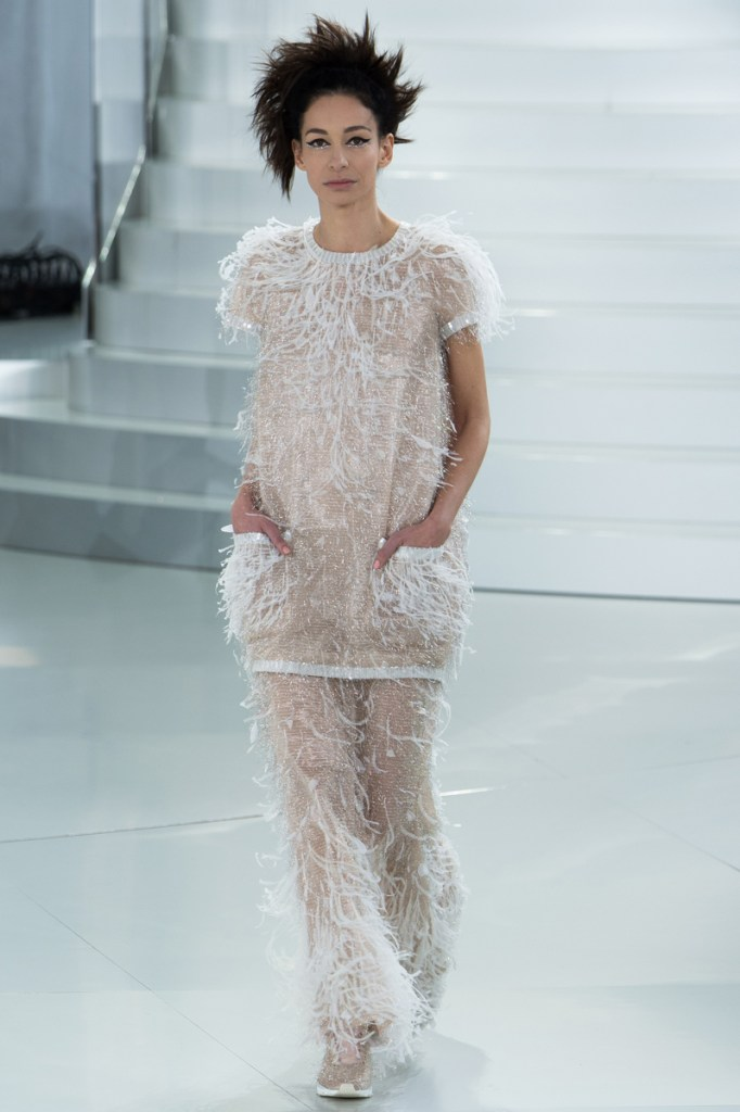 chanel-spring-2014-couture-57_104813448490-1