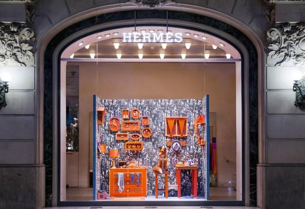 hermes_barcelona_window