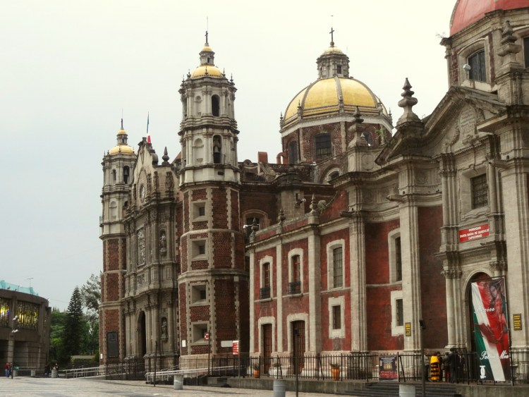 Leaning church in Mexico City