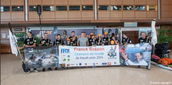 FRANCK-BESSON-KAYAK