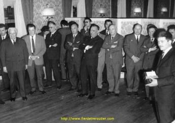 Réunion de transporteurs (à gauche Mr Montreuil)