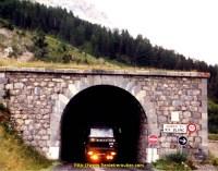 Tunnel du Rif Blanc dans les Alpes