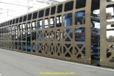 Dans les wagons cage de l'Eurotunnel