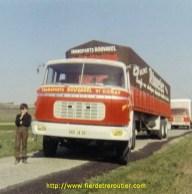Jean-Loup Bouvarel tout môme, rêve de conduire un jour les camions de l'entreprise familiale