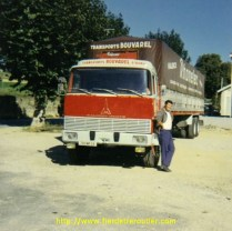 Un chauffeur devant son Magirus-Deutz tout neuf