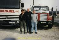.... Il est entouré des fils Bouvarel, Jean-loup et Christophe
