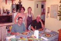 Un couscous pour feter les retrouvailles avec Alain26, Brigitte (la femme à phil26)et Nelly (la femme à alain).