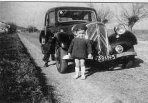 En 1940 devant la traction de papa