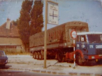HENSCHEL attelée à une savoyarde Transports RAISCH MUTZIG JUILLET 1975