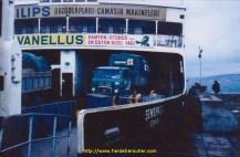 Le Pont du Bosphore est encore à l'état de projet, et c'est un ferry qui relie l'Europe à l'Asie.