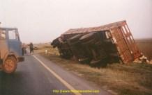 Yougoslavie, comment remettre un camion sur pied.