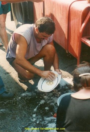 Jean-claude : Corvée de vaisselle