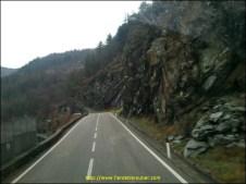 route de la Valli Di Lanzo, on monte vers la montagne