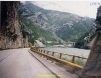 Puis c'est la route toujours dans cette superbe vallée jusque Jablanica où l'on prend à droite direction Sarajevo.