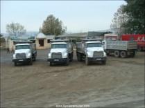Camions de là-bas