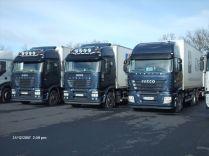 janvier 2008 Franck reprend l'affaire de l'autre transporteur qui part à la retraite, on se retrouve alors à 9, je laisse mon 480 pour prendre un 450, il va en arriver 4 autres.