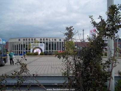 Le messe de Berlin et différents halls qu'il faudra livrer demain