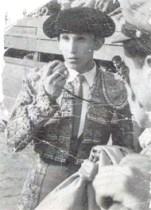 "Novillero Enrique Hernández ""Rayito"""
