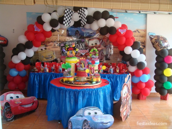 Ideas de decoraci n fiesta cars rayo mcqueen for Lo ultimo en decoracion de casas