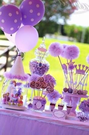centros de mesa con globos de princesa sofia
