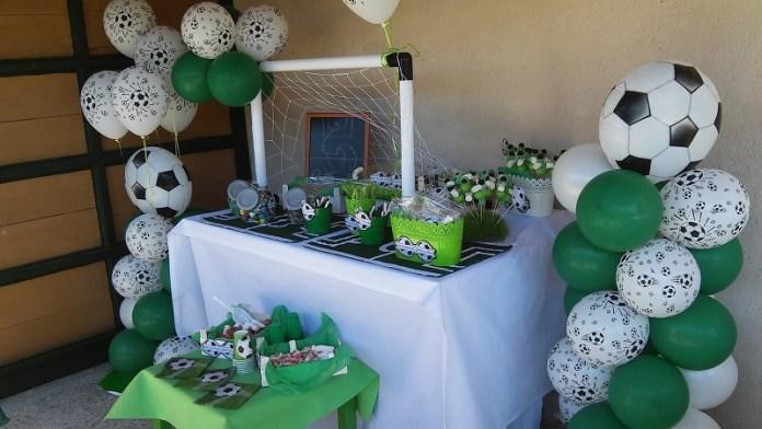 30 decoraciones con globos para fiestas infantiles ideas for Decoraciones infantiles para ninos