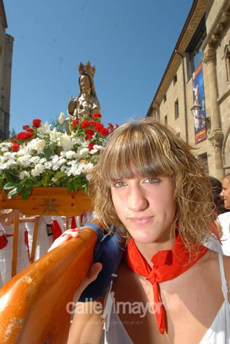 03-08-08-fiestas-de-estella-calle-mayor-comunicacion-y-publicidad (11)