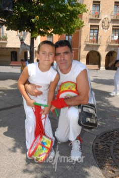 04-08-08-fiestas-de-estella-calle-mayor-comunicacion-y-publicidad (30)