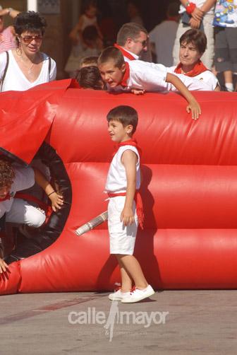 04-08-09-fiestas-de-estella-calle-mayor-comunicacion-y-publicidad (36)