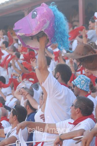 04-08-09-fiestas-de-estella-calle-mayor-comunicacion-y-publicidad (90)