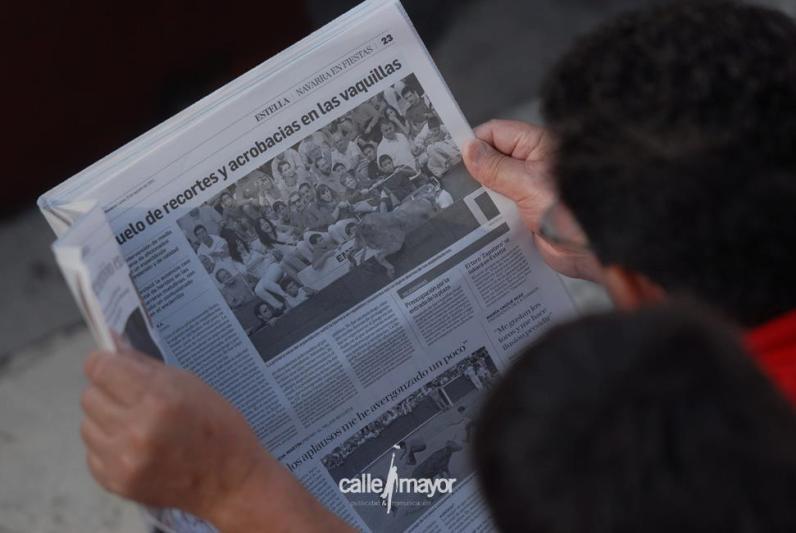 11-08-08 - fiestas de estella - calle mayor comunicación y publicidad (23)