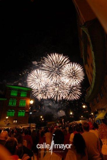 11-08-06 - fiestas de estella - calle mayor comunicación y publicidad (32)