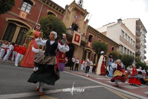 11-08-09 - fiestas de estella - calle mayor comunicación y publicidad (15)