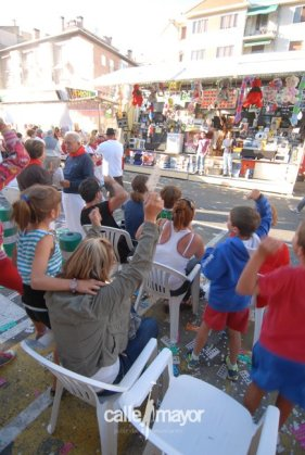 11-08-09 - fiestas de estella - calle mayor comunicación y publicidad (3)