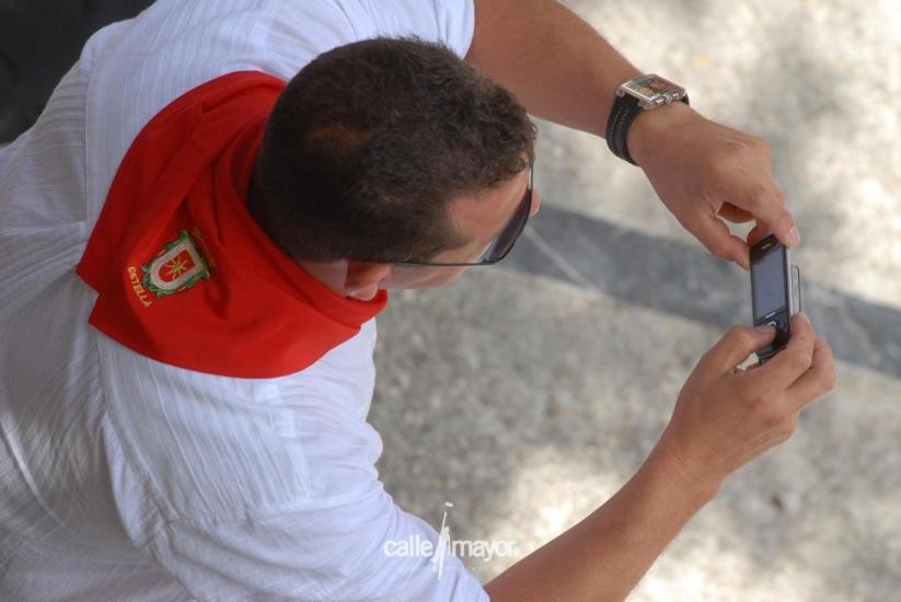 11-08-09 - fiestas de estella - calle mayor comunicación y publicidad (41)