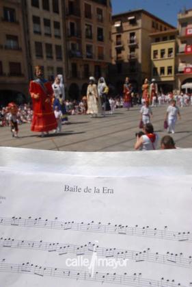11-08-11 - fiestas de estella - calle mayor comunicación y publicidad (25)