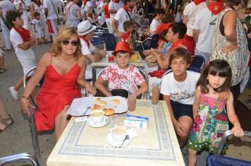 12-08-09 - fiestas de estella - calle mayor comunicacion y publicidad (29)