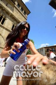14-08-03-fiestas-de-estella-calle-mayor-comunicacion-y-publicidad-057