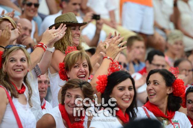 14-08-03-fiestas-de-estella-calle-mayor-comunicacion-y-publicidad-107