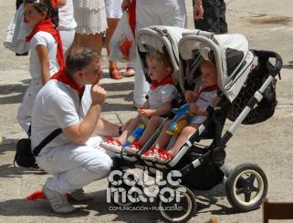 14-08-03-fiestas-de-estella-calle-mayor-comunicacion-y-publicidad-217