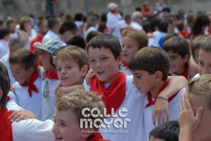 14-08-03-fiestas-de-estella-calle-mayor-comunicacion-y-publicidad-225