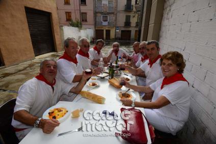 14-08-03-fiestas-de-estella-calle-mayor-comunicacion-y-publicidad-260