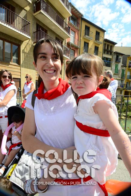 14-08-03-fiestas-de-estella-calle-mayor-comunicacion-y-publicidad-277