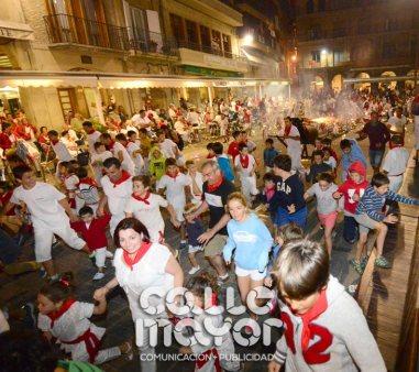 14-08-04-fiestas-de-estella-calle-mayor-comunicacion-y-publicidad-187