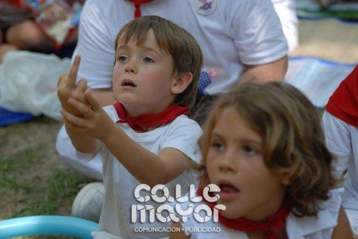 14-08-05-fiestas-de-estella-calle-mayor-comunicacion-y-publicidad-033